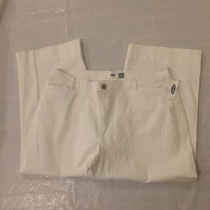 Old Navy White Capri Pants Women's 14 Petite NWT